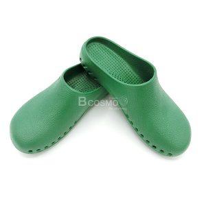 EVA MEDICAL SHOES รองเท้าใส่ในห้องผ่าตัด กันลื่น สีเขียว (พื้นดำกันลื่น) -100