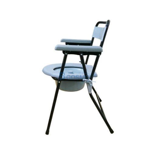 เก้าอี้นั่งถ่ายพลาสติก โครงเหล็ก สีดำ