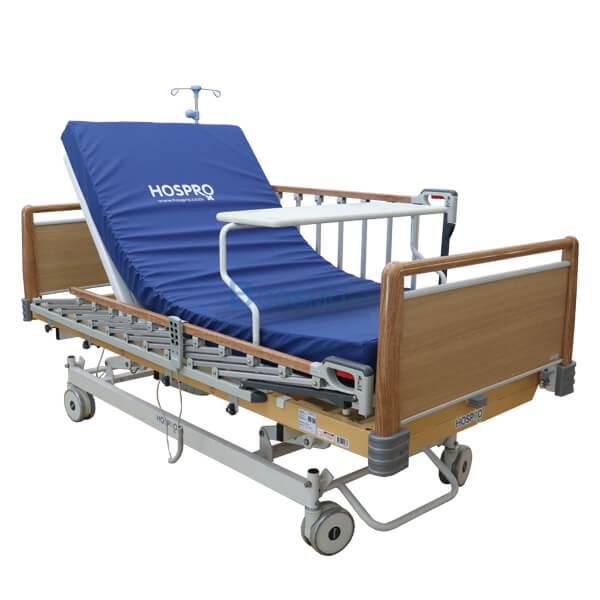 P-6919-เตียงผู้ป่วย-HOSPRO-3-ไก-ไฟฟ้า-ลายไม้-8 เตียงผู้ป่วย HOSPRO 3 ไก ไฟฟ้า ลายไม้ พร้อมเบาะนอน รุ่น Royal
