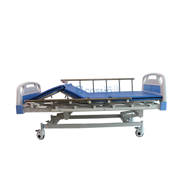 PB0002-BL-P-7235-เตียงผู้ป่วย มือหมุน 3 ไก ราวสไลค์ พร้อมเบาะนอน 4 ตอน สีฟ้า