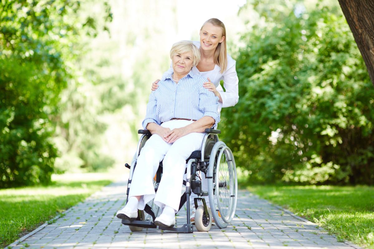 3 เหตุผล ทำไมต้องเลือกซื้อรถเข็นผู้ป่วยกับ Bcosmo – จำหน่ายรถเข็นผู้ป่วย
