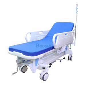 WC1601-รถเข็นเคลื่อนย้ายผู้ป่วย-แบบมือหมุน-1-ไก-300x300 รถเข็นเคลื่อนย้ายผู้ป่วย แบบมือหมุน 1 ไก