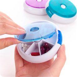 กล่องใส่ยาหมุนได้ สีฟ้า
