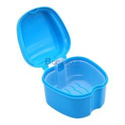กล่องใส่ฟันปลอม มีตะแกรง ขาวแถบฟ้า
